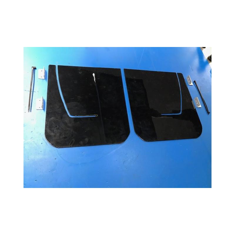 Bavette noir ep 3mm (paire)